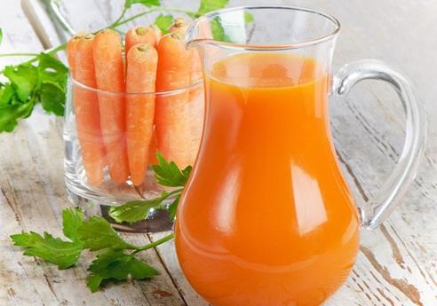 适合宝宝的胡萝卜苹果汁